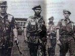 kisah-soeharto-tutup-semua-jalan-prajurit-kopassus-sarwo-edhie-wibowo-naik-takhta120501.jpg