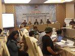 komisi-pemilihan-umum-kpu-jakarta-timur-melakukan-rapat-pleno.jpg