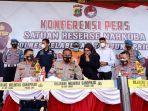 konferensi-pers-penangkapan-pedangdut-muhammad-ridho-rhoma.jpg