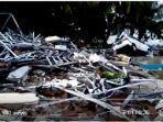 korban-tsunami-pantai-anyer-dan-lampung-selatan1.jpg