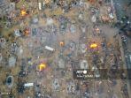 korban-virus-corona-di-india-dibakar-dengan-kayu-bakar.jpg