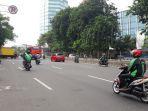 lalu-lintas-di-jalan-gunung-sahari-arah-senen-salemba-ramai-lancar_20171205_084049.jpg