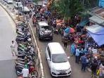 lalu-lintas-pasar-gembrong-jakarta-timur-tersendat.jpg