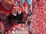 lapak-pedagang-bendera-merah-putih-musiman-di-jalan-ir-h-juanda.jpg