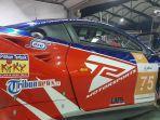 logo-tribunnewscom-di-mobil-ferrari-milik-t2-motorsports.jpg