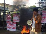 mahasiswa-demo-dugaan-korupsi-rsud-ciawi.jpg