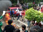 mahasiswa-tangerang-turun-ke-jalan-untuk-menggelar-aksi-pada-rabu-7102020-sore-ini.jpg