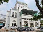 masjid-cut-meutia-di-jalan-taman-cut-meutia-nomor-1-kelurahan-kebon-sirih.jpg