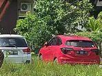 mobil-sitaan-milikgembongnarkobamardaniyang-di-parkir-di-halaman-kantor-kejari-langkat.jpg