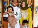 muhammad-toha-bersama-keluarganya-3172020.jpg