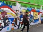 mural-instagramable-hiasi-lorong-lokasi-pelayanan-sim2.jpg