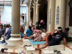 ngungsi-masjid.jpg