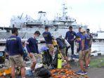para-penyelam-dislambair-dikerahkan-untuk-membantu-pencarian-cvr-sriwijaya-air-sj-182.jpg