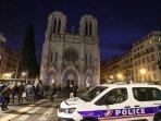 pasukan-keamanan-terus-bersiaga-di-gereja-notre-dame301020201.jpg