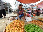 pedagang-cabai-rawit-merah-di-pasar-baru-bekasi-timur-kota-bekasi-pada-kamis-432021.jpg