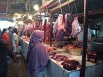 pedagang-daging-di-pasar-kranji-baru.jpg