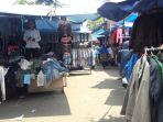 pedagang-di-area-parkir-pasar-senen_20170420_163118.jpg