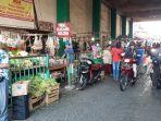 pedagang-pasar-ciputat-di-jalan-usman-ciputat.jpg