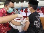 pelaksanaan-vaksinasi-santri-di-gowa-sulawesi-selatan.jpg