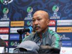 pelatih-kepala-tim-nasional-indonesia-u-19-fakhri-husaini.jpg