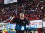 pelatih-tim-bali-united-u-18-i-made-pasek-wijaya.jpg