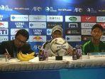 pelatih-timnas-indonesia-u-19-fakhri-husaini-saat-jumpa-pers-setelah-melawan-timor-leste.jpg