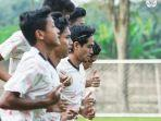 pemain-persija-jakarta-sedang-latihan-untuk-menghadapi-liga-1-2021.jpg