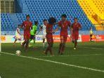 pemain-timnas-u-18-indonesia-bagus-kahfi-dan-rendy-juliansyah.jpg