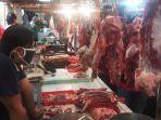 pemeriksaan-daging-di-pasar-gondangdia.jpg