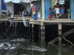 pencemaran-laut-di-pulau-belakang-padang-kepri.jpg