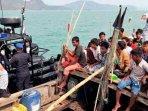 pengungsi-rohingya-di-kapal.jpg