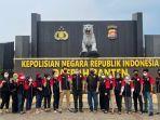 pengurus-lq-indonesia-lawfirm-di-mapolda-banten-pada-jumat-15102021.jpg
