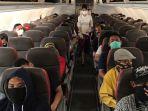 penumpang-pesawat1145.jpg