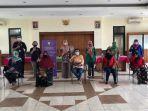 pertemuan-tim-fisioterapi-uki-dengan-warga-lansia-kader-kelurahan-cawang.jpg
