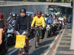 pesepeda-inginkan-keselamatan-di-jalan-raya.jpg