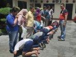 polisi-ciduk-puluhan-pelajar-hendak-tawuran-dan-panggil-orangtuanya.jpg