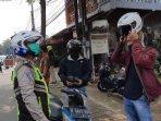 polisi-sebut-pengguna-jalan-sadar-akan-gunakan-masker200402.jpg