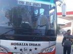 polisi-sweeping-bus-angkutan-umum-lewat-bekasi-ke-jaksrta23.jpg