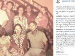 prabowo-subianto-duduk-berdempetan-dengan-titiek-soeharto-mereka-foto-bersama-keluarga-besar_20180804_104946.jpg