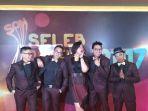 project-pop-di-seleb-on-news-awards-2017_20170210_133527.jpg