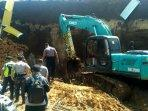 proyek-double-track-di-cigombong-longsor-bikin-dua-pekerja-tewas171.jpg