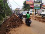 proyek-pembangunan-saluran-air-di-jalan-pelita-kebayoran-baru-jakarta-selatan.jpg