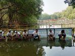 pt-wahana-honda-menanam-pohon-bakau-di-taman-wisata-alam-mangrove-angke-kapuk.jpg