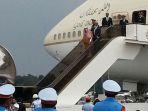 raja-arab-saudi-tiba-di-bandara-halim-perdanakusuma-2_20170301_132724.jpg