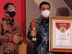 riza-patria-provinsi-terinovasi_tito-karnavian_innovative-government-award-iga-2020.jpg