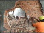 rumah-kost-hancur-digempur-petugas-karena-tak-miliki-izin-mendirikan-bangunan161.jpg