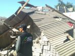 rumah-rusak-akibat-gempa-di-lombok-2_20180729_194531.jpg