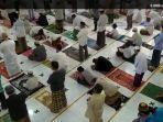 salat-jumat-masjid-jami-al-hidayah.jpg