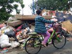 sampah-sisa-banjir-di-cengkareng.jpg