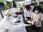 sandiaga-bersama-relawan-indonesia-bersatu-gelar-rapid-dan-pcr-test-covid-19-massal-di-johar-baru.jpg